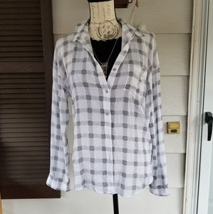 Leith plaid white and black top